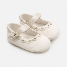 Mayoral-Бебешки пантофки с каишка