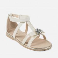 Mayoral--Елегантни сандали с кристали